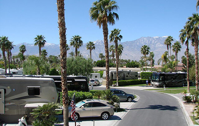 Palm Springs Oasis RV Park