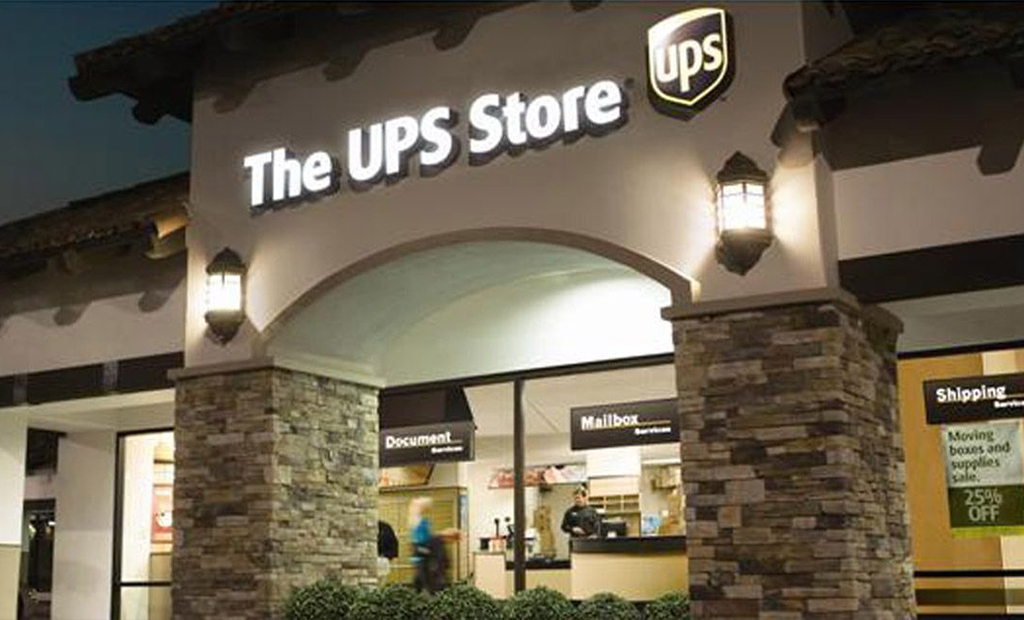 The U P S Store #5425